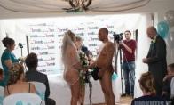 Nuogos vestuvės