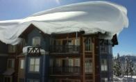 Vankuverio stogus užpustė sniegas