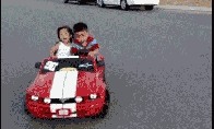 Linksmų automobiliukų GIF rinkinukas