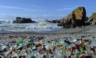 Paplūdimys iš stiklo