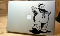 Lipdukai ant MacBook\'ų