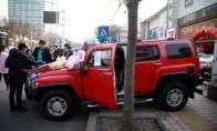 Keisti gatvės prekeiviai Kinijoje