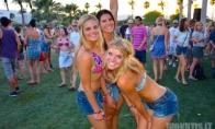 Merginos iš muzikinio festivalio - Coachella