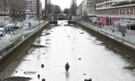Lobiai nusausinus kanalą