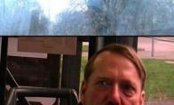 Hitleris autobuse