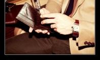 Kodėl vaikinai piniginėse nešioja savo merginų nuotraukas?