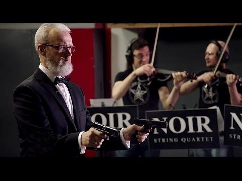Klasikinė muzika su pistoletais