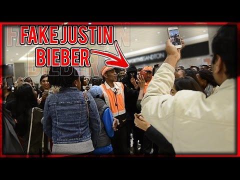 Netikras Justinas Bieberis sukelia chaosą Afrikoje