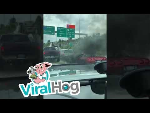 Piktybinis dūmų skleidėjas kelyje