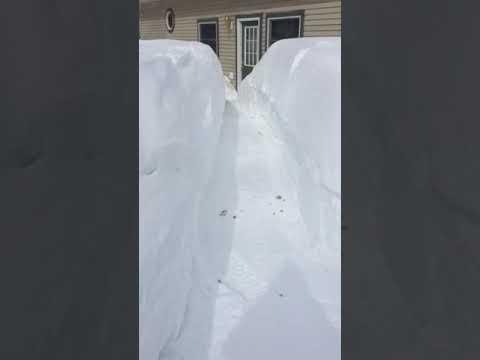 Pasivaikščiojimas sniego koridoriumi