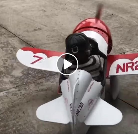 4-metis pilotas
