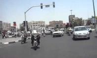 Kaip pereiti gatvę Irane