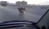 Žmogus raketa greitkelyje