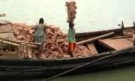 Plytų nešiotojas iš Nepalo