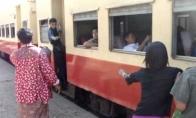 Sėsk į traukinį azijietiškai