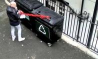 Keisti kalėdiniai konteineriai