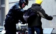 Negailestingas policininkų trolinimas