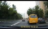 Linksmasis reperių autobusas