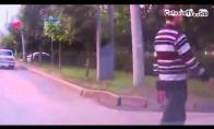 Eik per gatvę kaip tikras automobilių valdovas