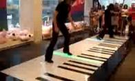 Kaip pianinu groti kojomis