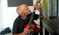Šaukšto ir gitaros virtuozas