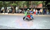 Pats kiečiausias gatvės šokėjas