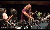 Bill Bailey žinutė Metallicai
