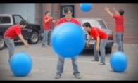 Mėlyni kamuoliai