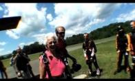 Bobulė parašiutistė
