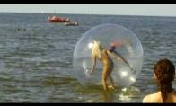 Blondinė burbule
