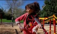 Mergaitė su smuiku