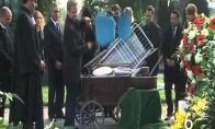 10 dalykų, kurių negalima daryti per laidotuves