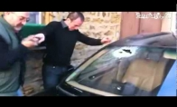 Idiotas ir mašinos stiklas