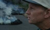 Žmogus prieš ugnikalnį