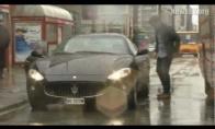 Maserati prieš autobusą
