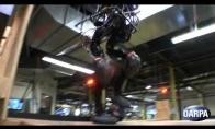 Laiptais laipiojantis robotas