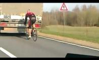 88 kmh dviračiu