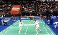 Beprotiškas badmintonas