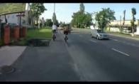 Laimės kūdykis ant dviračio