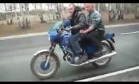 Feileris motociklo vairuotojas