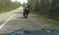Nepypsink girtuokliams ant motorolerio