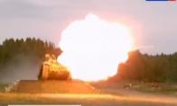 Rusijos tankai ir skraido, ir dar šaudo stilingai