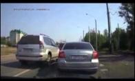 Kaip keliuose keršyja rusai