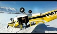 Tiesiog eilinis lėktuvo kritimas