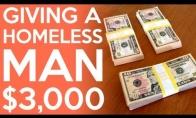 Neįkainojama benamio reakcija į 3000$ dovanų