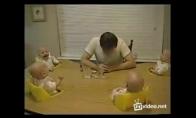 Mielas video apie juokingus dvynukus
