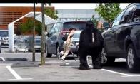 Vilnius Gorilla Scare Prank!