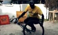 Afrikietiškas dviračių valdovas
