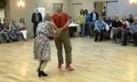 Senukai rodo judėsiukus
