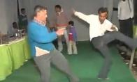 """Tūsovkės"" Indijoje ir indiškas break-dance"